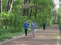 Купити Біг на природі і на бігових доріжках